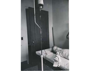 Blood transfusion, Esther Bubley, 1951
