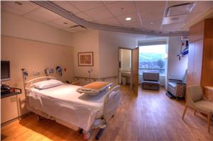 The Joint Center at UPMC Williamsport patient room